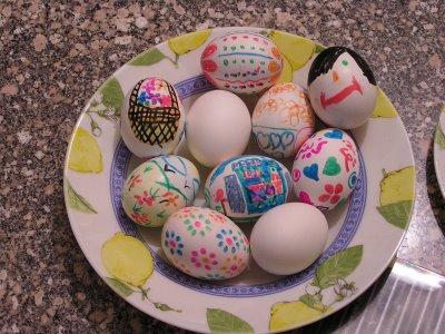 طرق بسيطة لتلوين البيض