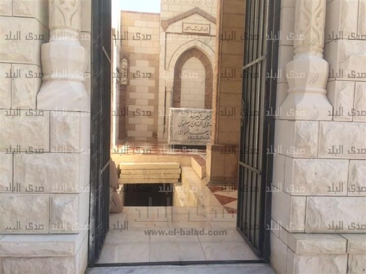 قبر احمد زويل